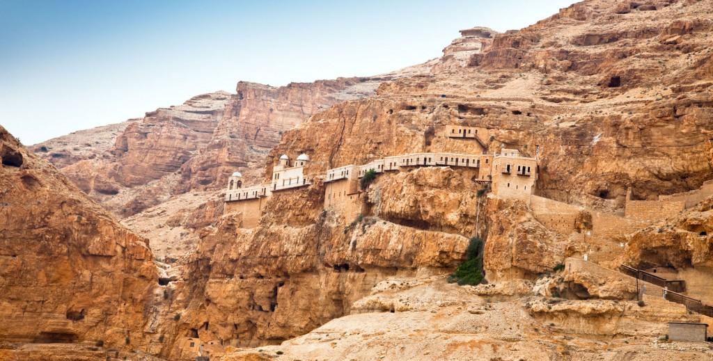 ヨガ ヒマラヤ 洞窟